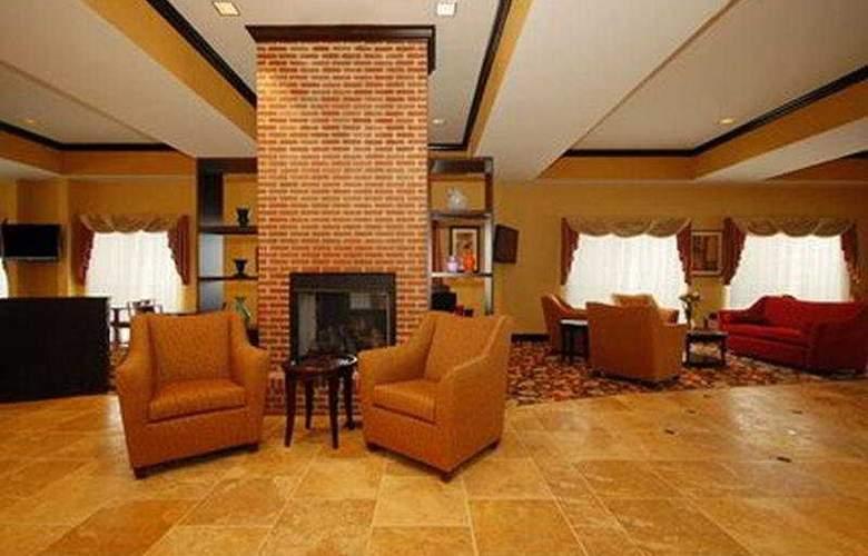 Comfort Suites Chris Perry Lane - General - 1