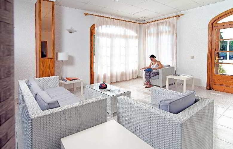 Apartamentos Mar Blanca - General - 2