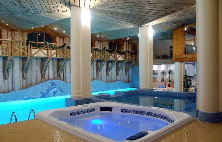 Belvedere - Pool - 12