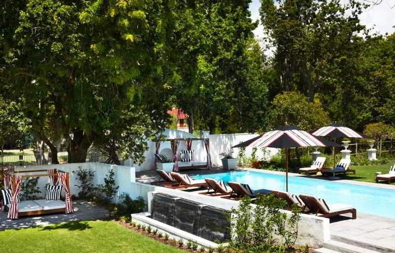 The Alphen Country House Hotel - Pool - 5