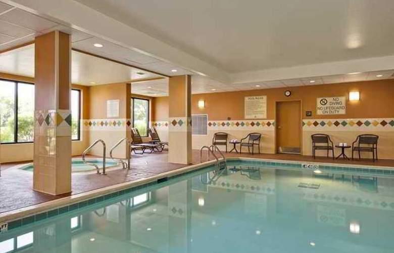 Hampton Inn McHenry - Hotel - 1