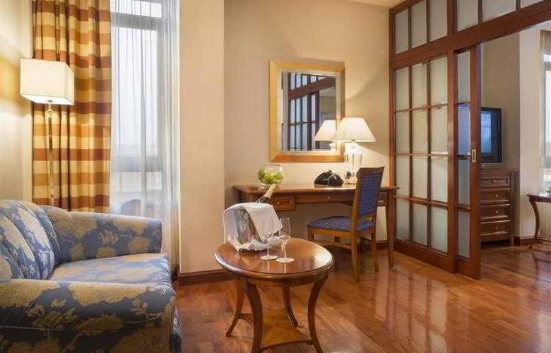 Best Western Premier Astoria - Hotel - 89
