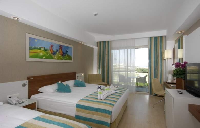 Evren Beach Resort - Room - 5