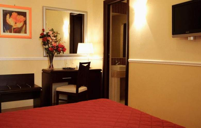 Everest Inn rome - Room - 9