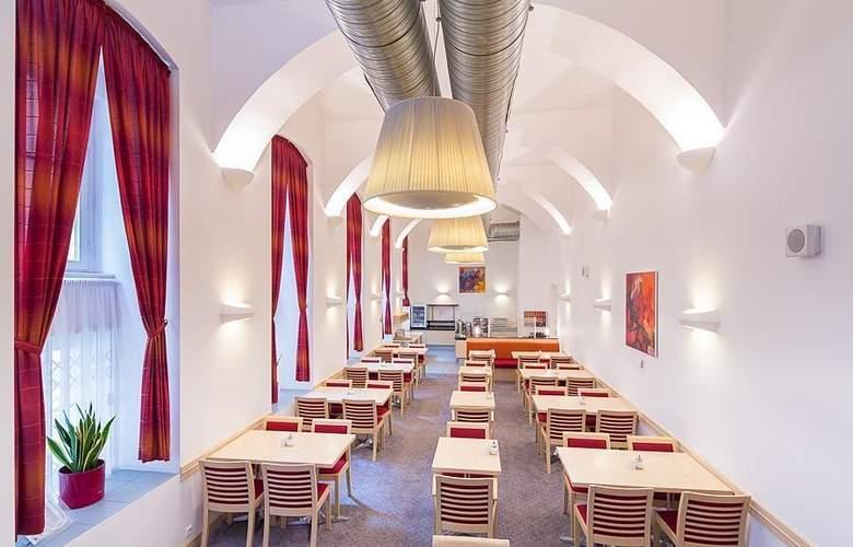 Exe City Park Prague - Meals - 5
