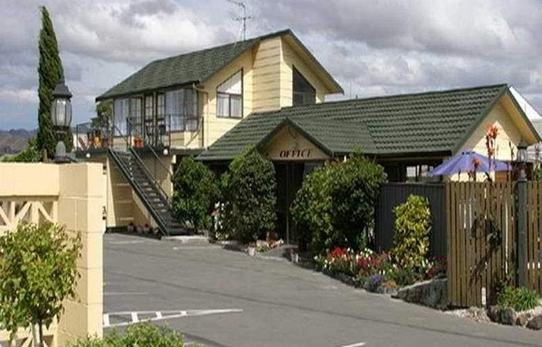 Colonial Motel - General - 2