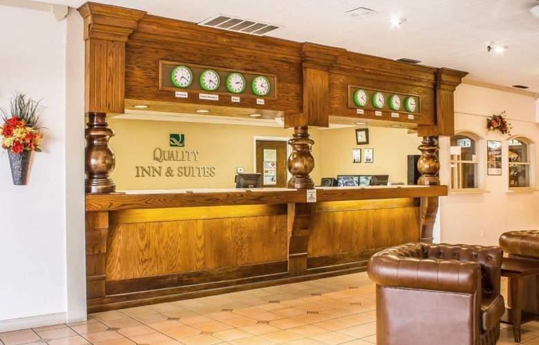 Quality Inn & Suites Lake Havasu City - General - 1