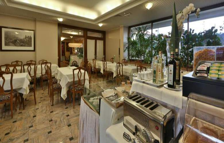 Bonotto Hotel Belvedere - Restaurant - 9
