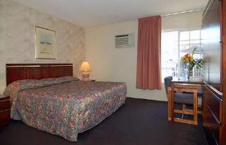 Rodeway Inn Near Maingate Knott's - Room - 4
