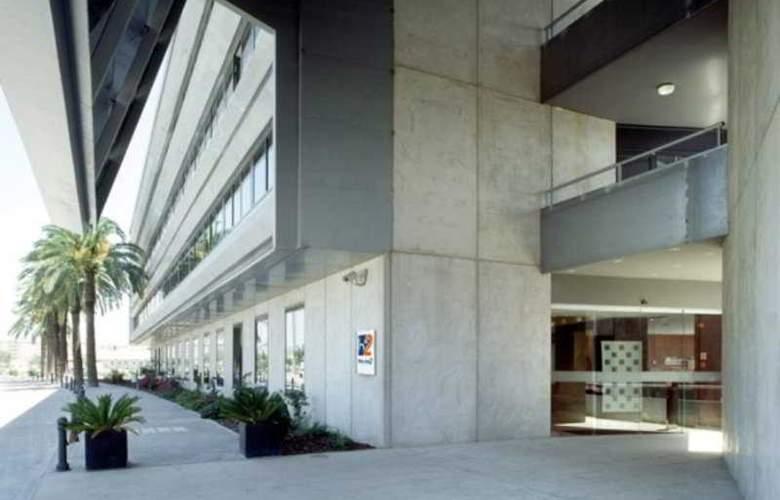 B&B Hotel Jerez - Hotel - 0