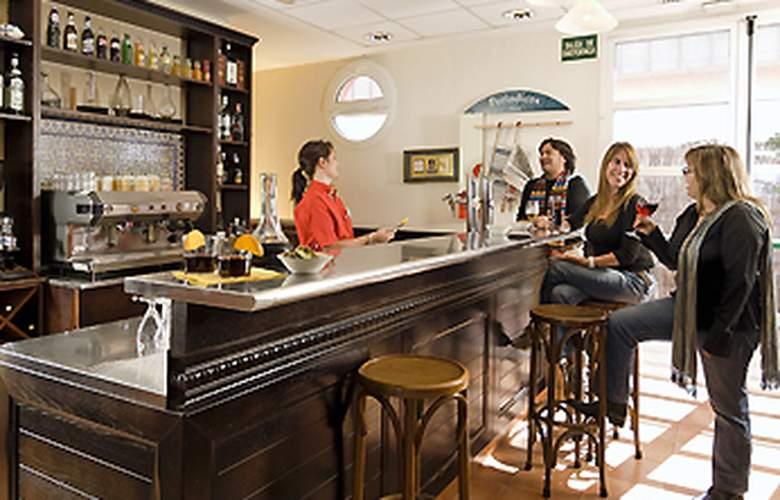 Ibis Barcelona Castelldefels - Bar - 4