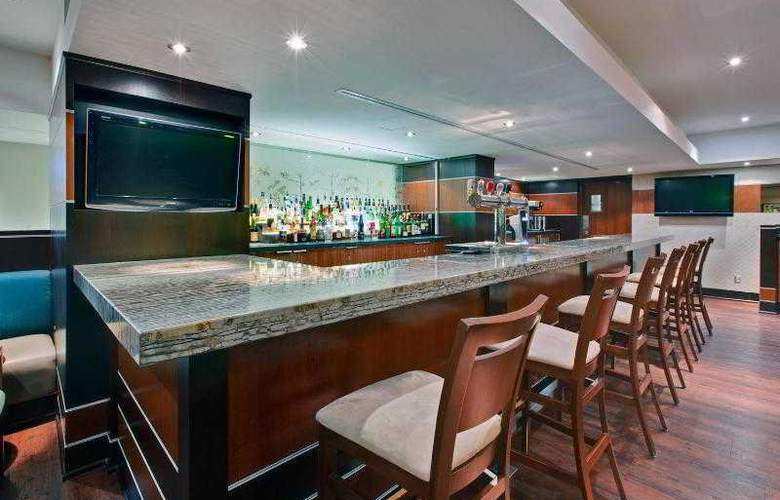 Holiday Inn Kingston Waterfront - Bar - 18