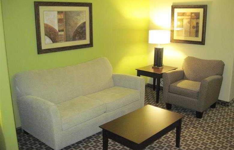 Best Western Plus Chalmette Hotel - Hotel - 28
