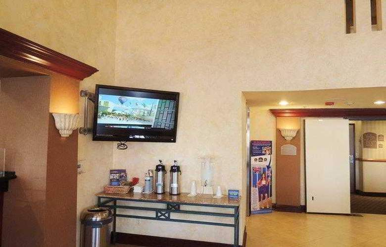 Best Western Plus Anaheim Orange County - Hotel - 24