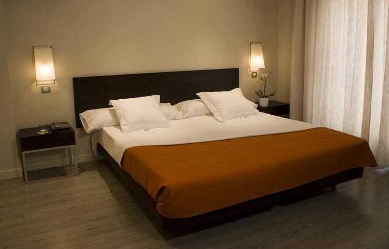 Sercotel Suites Viena - Room - 3
