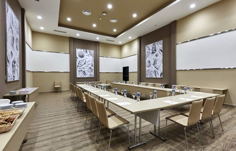 Riu Dunamar - Conference - 33