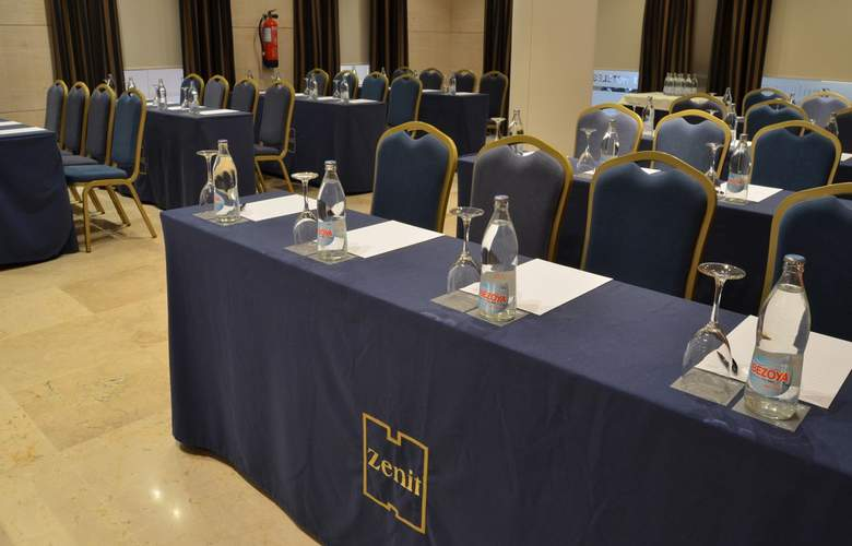 Zenit Malaga - Conference - 32