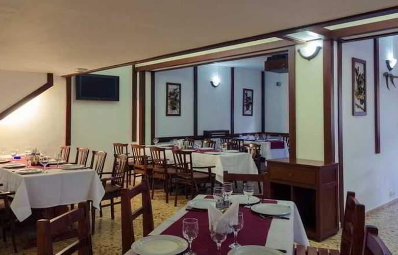 Hera Hotel - Restaurant - 8