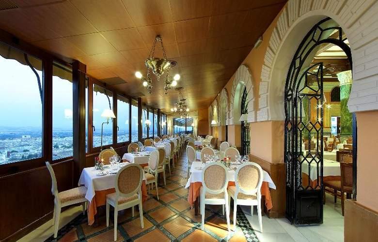 Alhambra Palace - Restaurant - 21