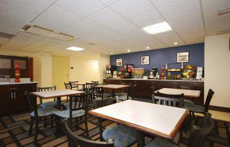 Berkshire Hills Inn & Suites - Hotel - 19
