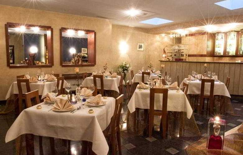 Classic - Restaurant - 7