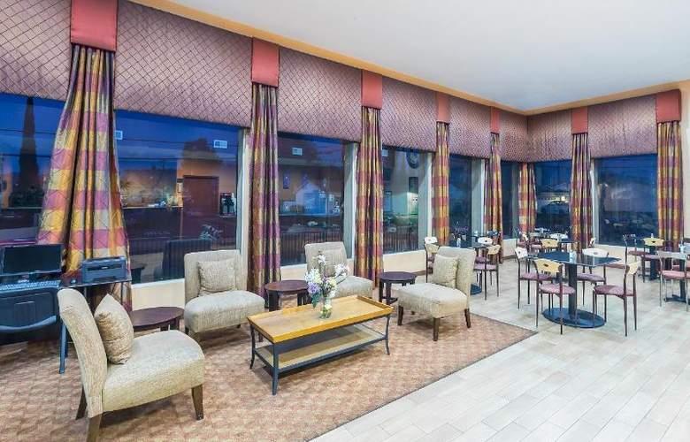 Days Inn & Suites - General - 4