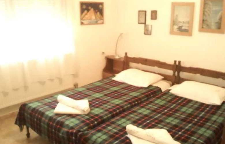 Villa Pappas - Room - 0