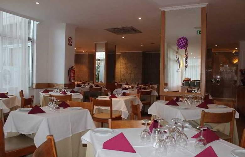 Dorisol Estrelicia - Restaurant - 14