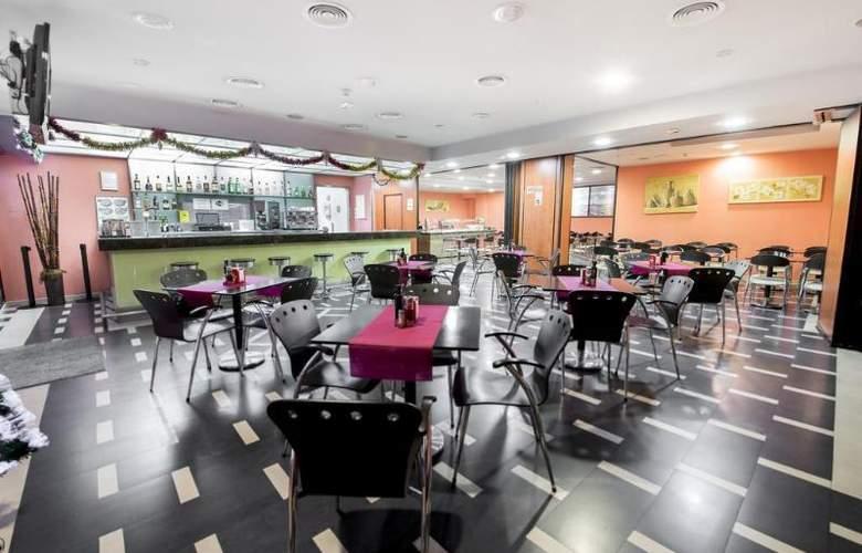Ronda Lesseps - Restaurant - 4