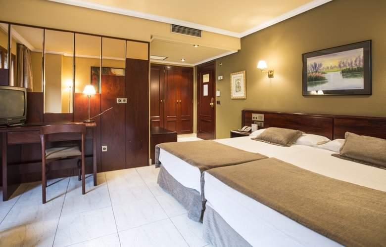 Imperial Atiram - Room - 9