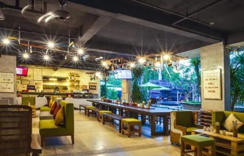 Grandmas Tuban Hotel - Restaurant - 3