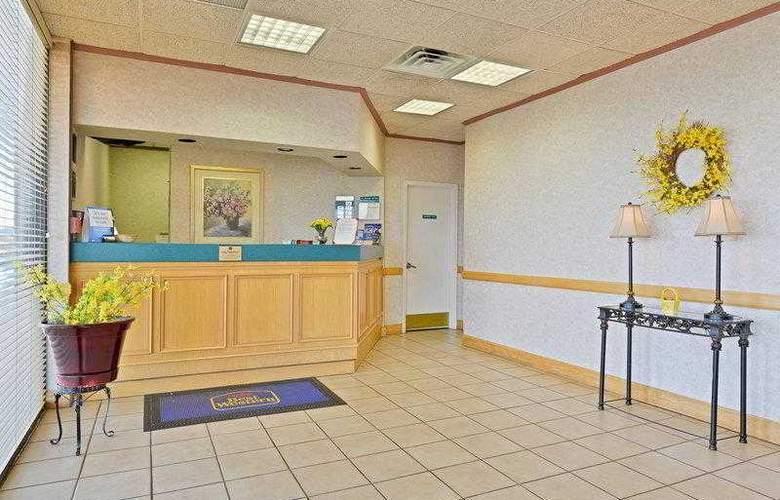 Best Western Holiday Plaza - Hotel - 13