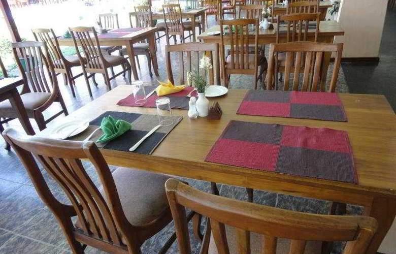 Paradise Beach - Restaurant - 8