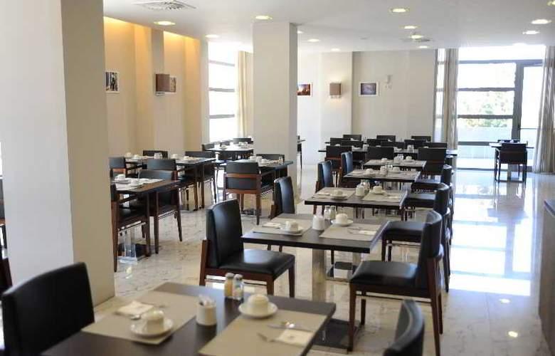 Eurostars Oporto - Restaurant - 42