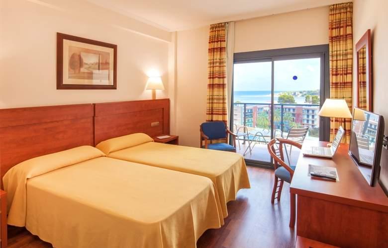 Port Denia - Room - 2