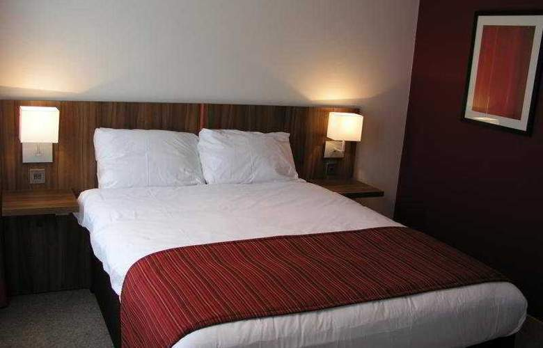Ramada Hounslow/Heathrow East - Room - 2