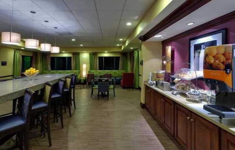 Hampton Inn Waynesboro/Stuarts Draft - Hotel - 3