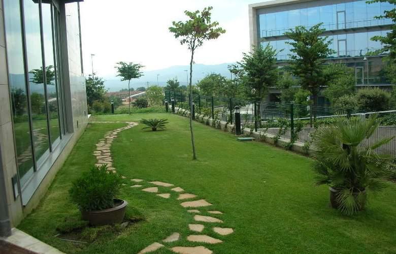 Holiday Inn Express Sant Cugat - Hotel - 0