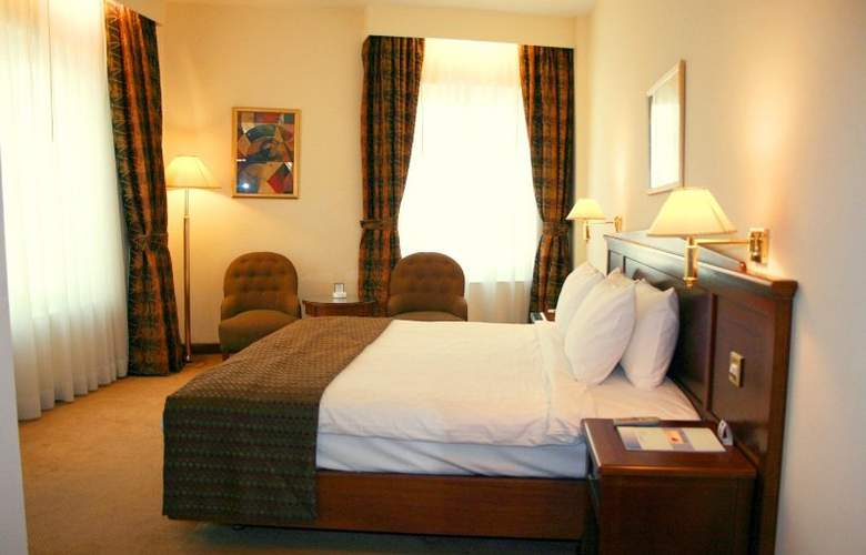 Howard Johnson Hotel Bur Dubai - Room - 3