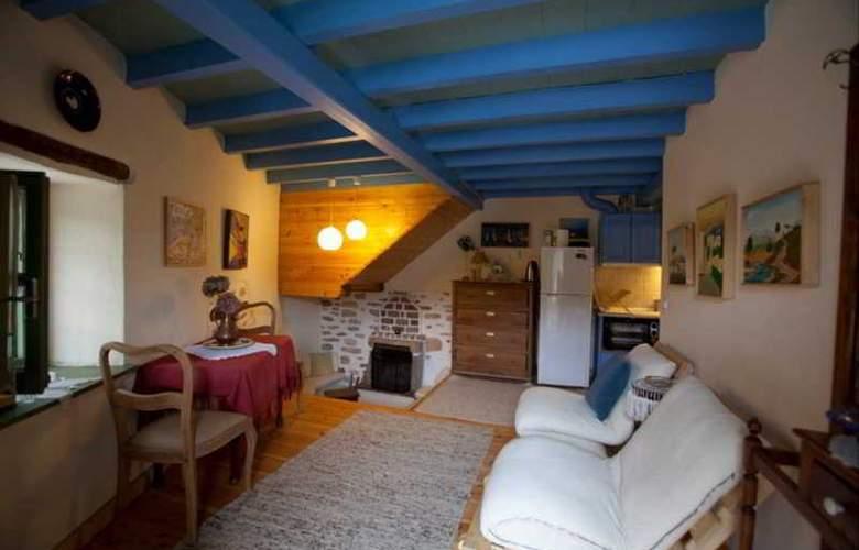 Efipoi Hotel - Room - 24
