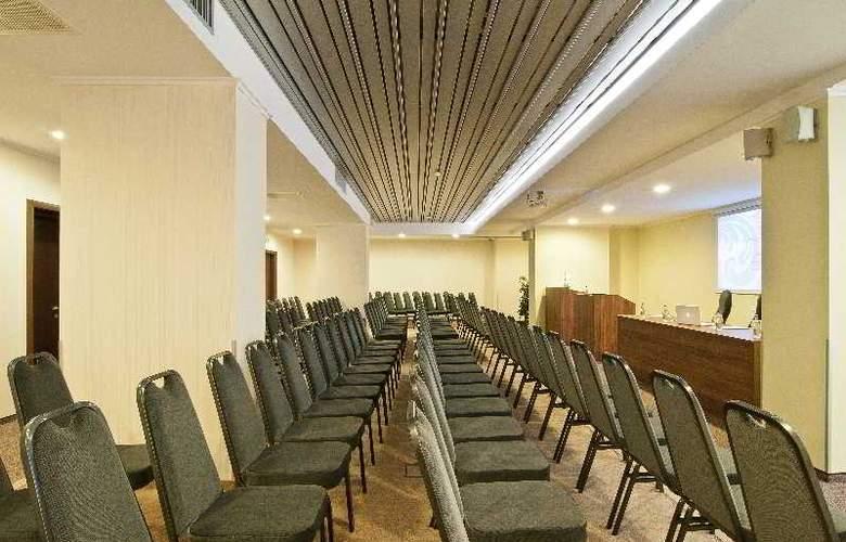 Ramada Cluj Hotel - Conference - 35