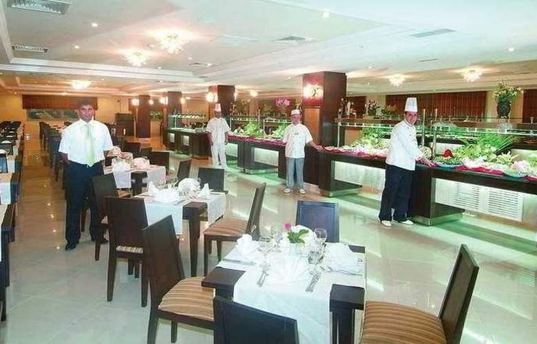 Club Hotel Nena - Restaurant - 6