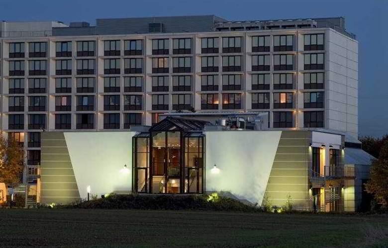 Dorint Main-Taunus-Zentrum Frankfurt/Sulzbach - Hotel - 0