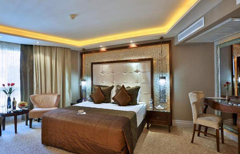 Zurich - Room - 19