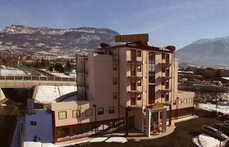 Sporting Trento - Hotel - 0