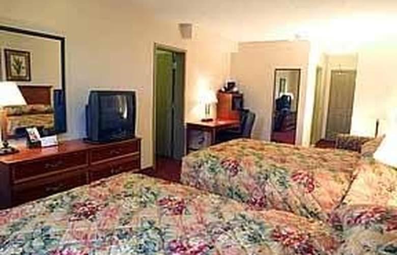 Comfort Suites - Room - 3