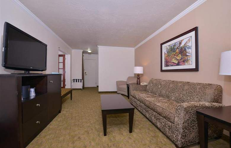 Best Western Tucson Int'l Airport Hotel & Suites - Room - 107