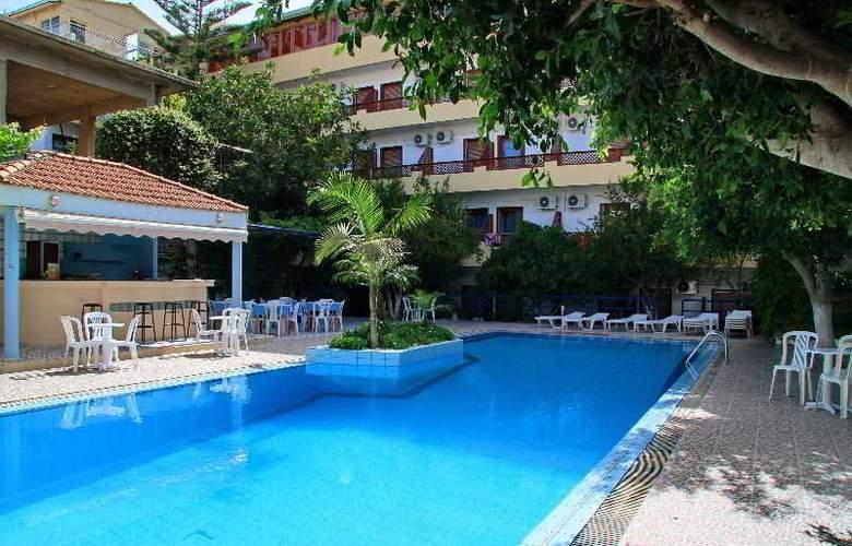 Ntanelis Hotel - Bar - 4