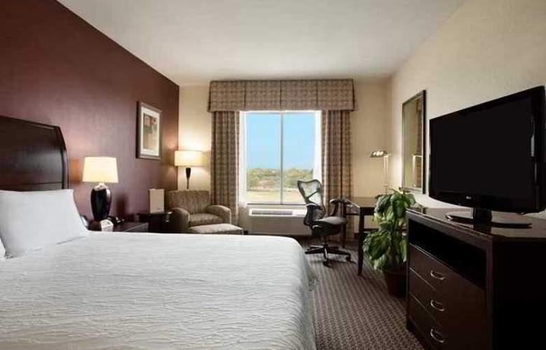 Hilton Garden Inn New Braunfels - Hotel - 1
