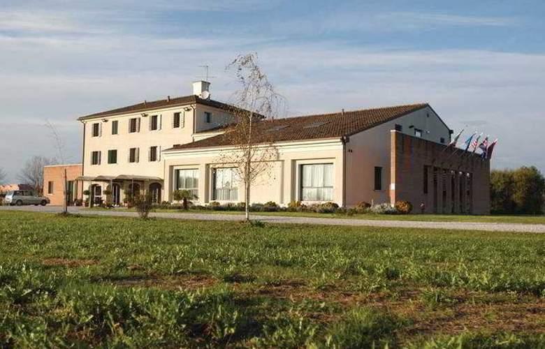 Claudia Augusta - Hotel - 0
